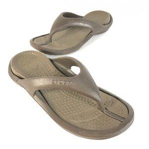 Crocs sandals men 9 women 11